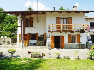 Foto 1 di Casa indipendente via Sarea, San Pietro Val Lemina