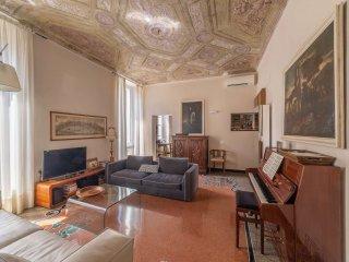 Foto 1 di Appartamento via cairoli, Genova (zona Centro città)