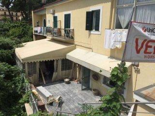 Foto 1 di Trilocale via Fusaro, frazione Baia, Bacoli