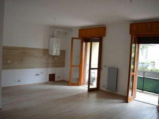 Foto 1 di Appartamento via Marino Cedrini, Forlì
