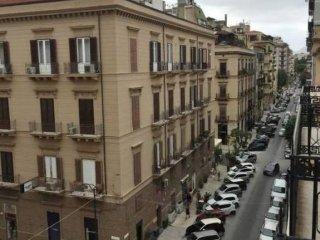 Foto 1 di Appartamento via Gaetano Daita 29, Palermo (zona Politeama - Ruggero Settimo - Malaspina - Notarbartolo)