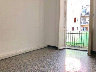 Foto 1 di Trilocale via Milano, Savona