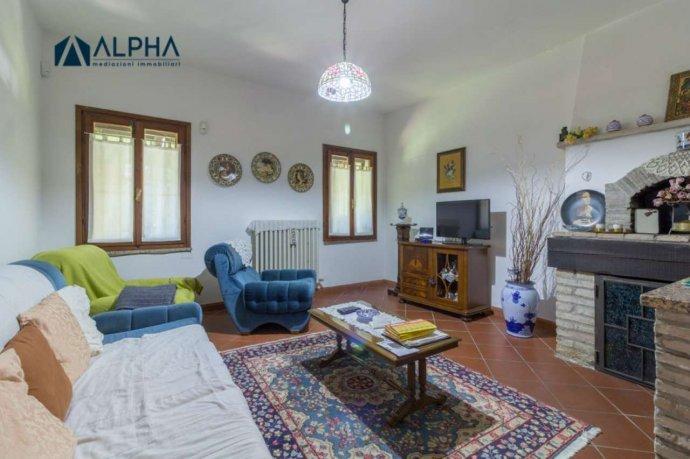 Foto 13 di Villa via Schiova SNC, frazione San Leonardo In Schiova, Forlì