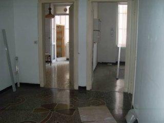 Foto 1 di Appartamento via San Lorenzo, Savona
