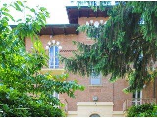 Foto 1 di Villa corso Quintino Sella 108, Torino (zona Precollina, Collina)