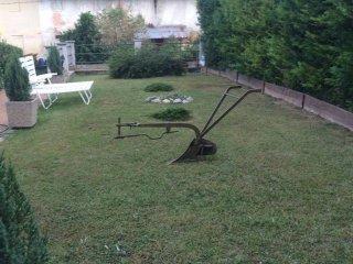 Foto 1 di Casa indipendente Località Vallarone 102, Asti