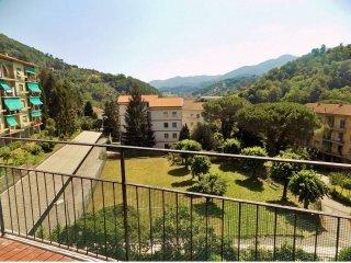 Foto 1 di Trilocale via Manlio Chiocchetti, frazione Prelo, Serra Riccò