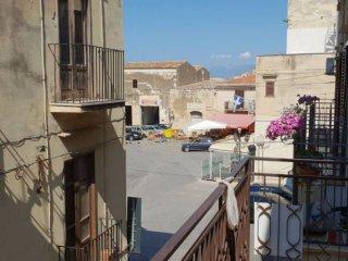 Foto 1 di Casa indipendente via Marina di Petrolo, Castellammare Del Golfo