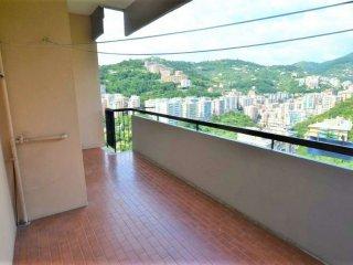 Foto 1 di Appartamento via Antolini, Genova (zona San Fruttuoso)