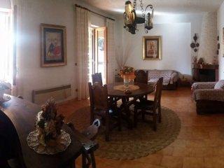 Foto 1 di Villa via Bosco, frazione Bocale Ii, Reggio Calabria