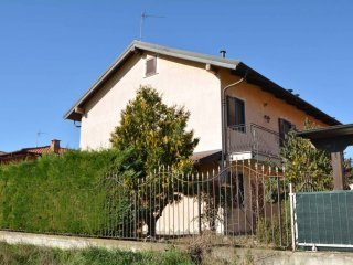 Foto 1 di Villa via Racconigi 17, Casalgrasso
