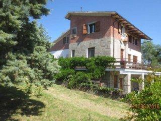 Foto 1 di Villa via Sant'Andrea di Sesto, frazione Rastignano, Pianoro