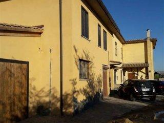 Foto 1 di Appartamento via Canino, Tuscania