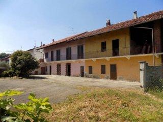 Foto 1 di Rustico / Casale via Rondissone 39, frazione Casale, Mazzè