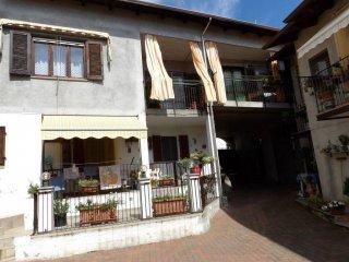 Foto 1 di Appartamento via Generale Ferretti 1, Pavone Canavese