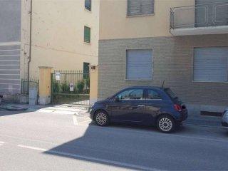 Foto 1 di Box / Garage viale Cavalieri D'Italia, 39, Pinerolo