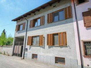 Foto 1 di Villa via Po, Volpiano