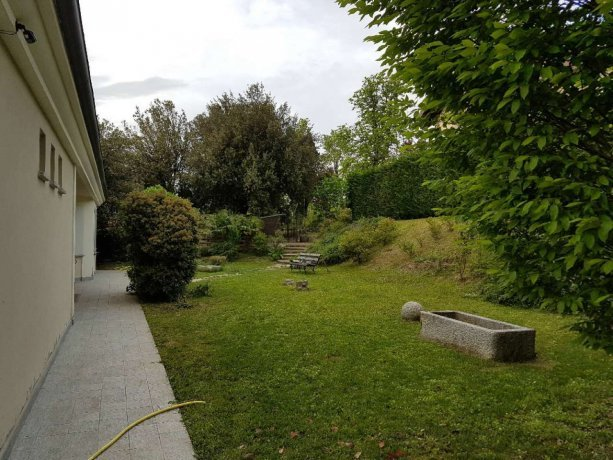 Foto 3 di Villa strada vicinale costa di vho 2, frazione Vho, Tortona
