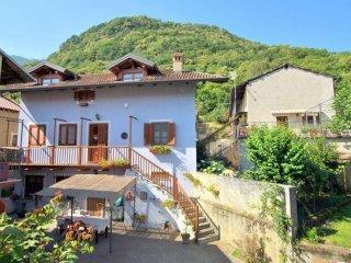 Foto 1 di Casa indipendente via Castagneretto, Villar Focchiardo