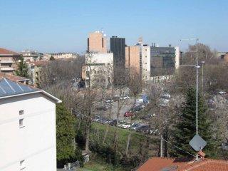 Foto 1 di Quadrilocale via Giacomo Leopardi, 2-4, Parma