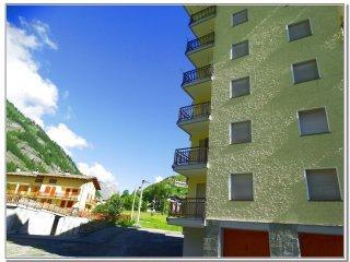 Foto 1 di Bilocale Via Chianale, Pontechianale