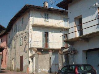 Foto 1 di Casa indipendente via Massimo D'Azeglio 4, Vistrorio