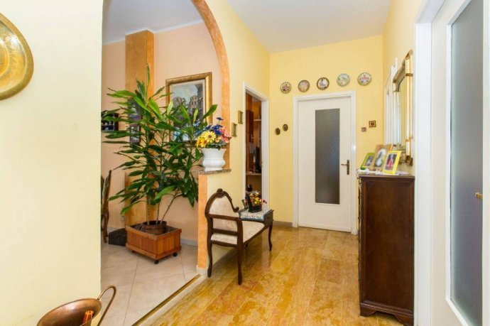 Foto 11 di Appartamento corso Aosta 16, Livorno Ferraris