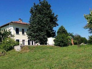 Foto 1 di Casa indipendente Rocchetta Tanaro