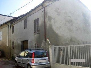 Foto 1 di Casa indipendente Via Mondo 27, Montechiaro D'asti