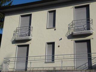 Foto 1 di Palazzo / Stabile via Abate Pietro Zani, Fidenza
