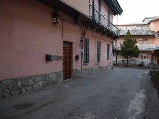 Foto 1 di Quadrilocale via Pietro Guglielmo 22, Luserna San Giovanni