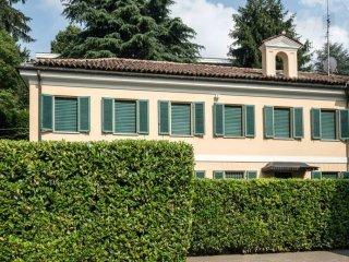 Foto 1 di Villa strada del Nobile 37/6, Torino