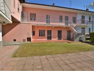 Foto 1 di Casa indipendente via Umberto 5, Perosa Canavese