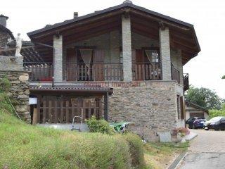 Foto 1 di Casa indipendente via San Pietro Val Lemina, Pinerolo