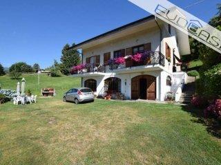 Foto 1 di Villa via Piani 27, frazione San Bartolomeo, Prarostino