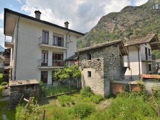 Foto 1 di Casa indipendente Frazione Praie, frazione Praie, Locana