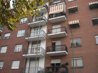 Foto 1 di Quadrilocale via Guido Reni 155, Torino (zona Mirafiori)