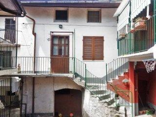 Foto 1 di Casa indipendente piazza Willy Jervis 8, Villar Pellice