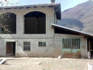 Foto 1 di Rustico Frazione Inverso Cognetti 9, Villar Pellice