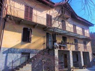 Foto 1 di Villa via Miravalle 1, Torre Pellice