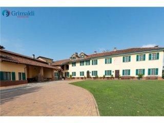 Foto 1 di Casa indipendente Frazione Mombarone, Asti