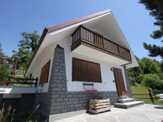 Foto 1 di Villa Frazione Emarèse 69, Emarese
