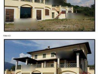Foto 1 di Villa via San Sebastiano, Isola Del Liri