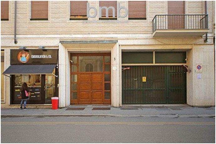 Foto 1 di Box / Garage Via Camillo Benso di Cavour 5, Torino