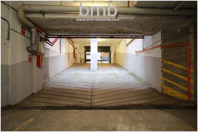 Foto 2 di Box / Garage Via Camillo Benso di Cavour 5, Torino