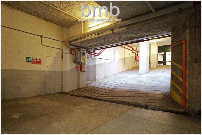 Foto 4 di Box / Garage Via Camillo Benso di Cavour 5, Torino