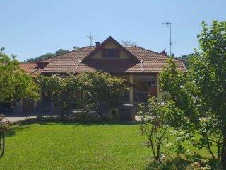 Foto 1 di Casa indipendente strada Chivasso  52, Gassino Torinese