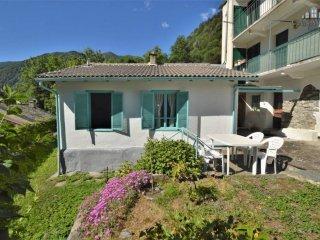 Foto 1 di Casa indipendente via Alpetta, Ronco Canavese