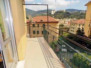 Foto 1 di Quadrilocale via Antonietta Massuccone Mazzini, Genova (zona Bolzaneto)