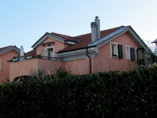 Foto 1 di Villa via Roma, Villanova D'albenga